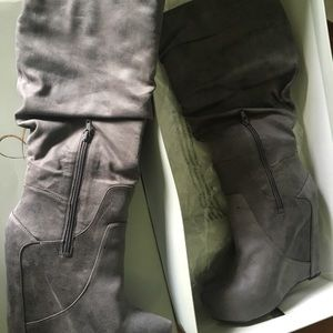 Jessica Simpson Shoes - Jessica Simpson Nya Grey Boots Size 9